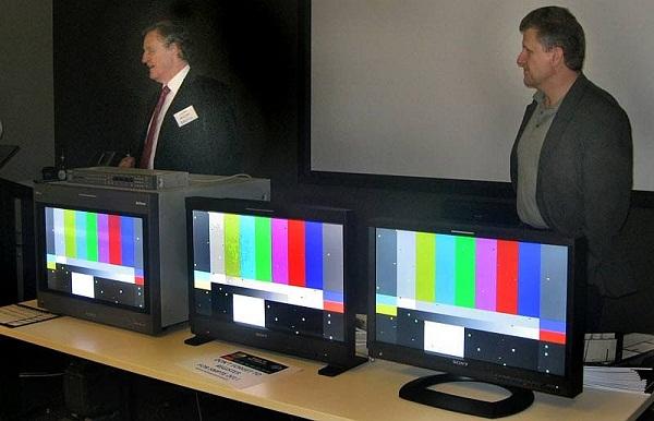 Left: Sony BVM CRT Centre: PVM OLED Right: LCD